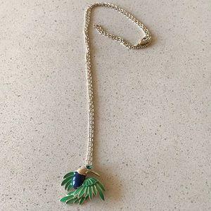 Beautiful gold bird necklace!
